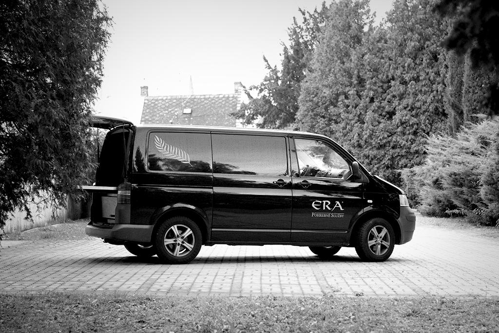 Pohrebne auto